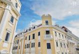 Bán gấp shophouse mặt phố đi bộ Hạ Long, đã nhận sổ đỏ, thiết kế 16 phòng khách sạn lh 0967 352 555